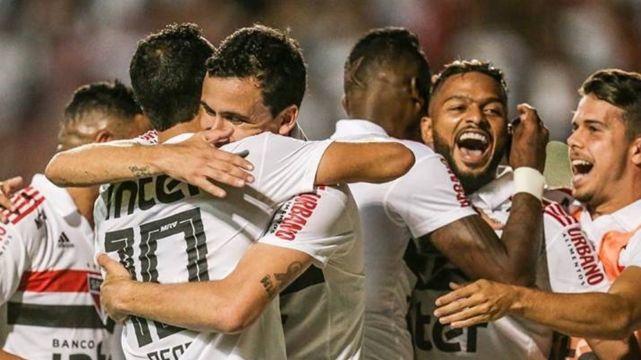 Nos pênaltis, São Paulo passa pelo Palmeiras e está na final do Paulistão 2019