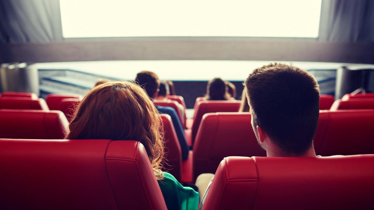 Quem está encalhado pode ganhar ingresso grátis para cinema em shopping de Sorocaba