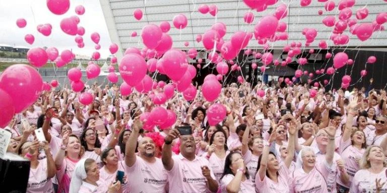 Outubro Rosa 2019: Corinthians oferece mamografia gratuita no Itaquerão