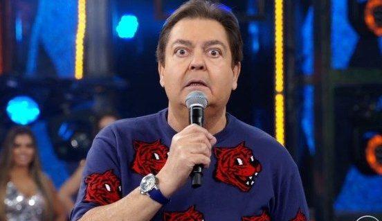"""Ex-produtor do """"Domingão do Faustão"""" processa a Globo e reclama do apresentador"""