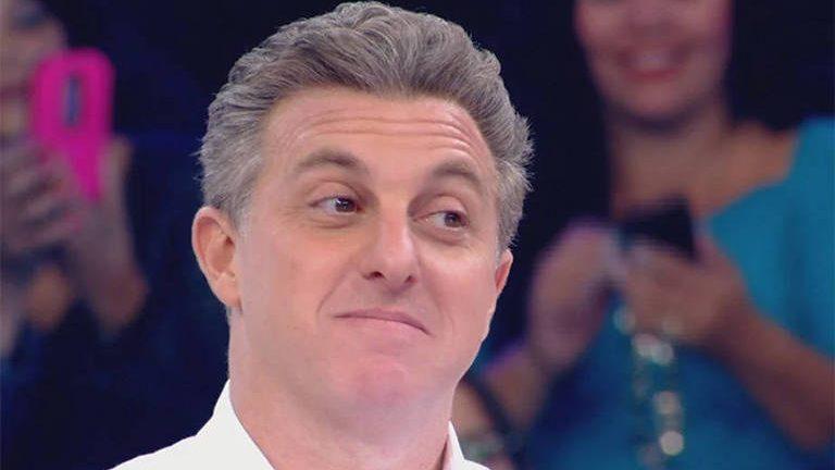Globo é condenada a indenizar vítima de pegadinha no Caldeirão do Huck