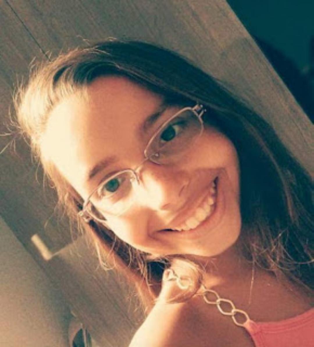 Menina morre após cair e bater a cabeça durante brincadeira na escola