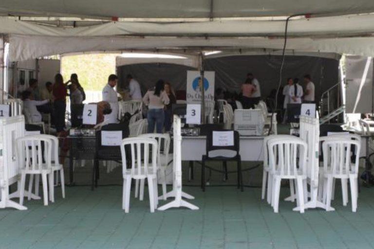 Atendimento médico gratuito é oferecido na Praça de Eventos em Votorantim