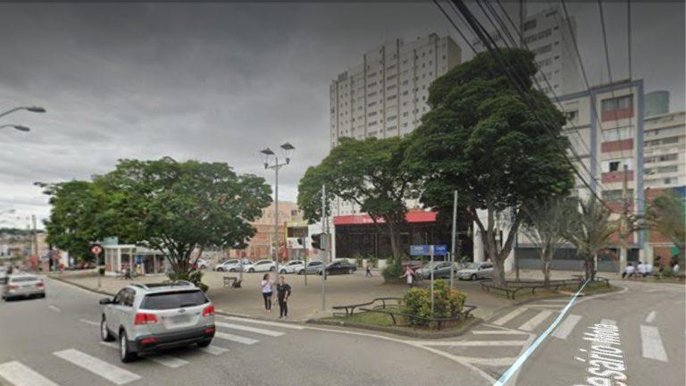 Praça Carlos de Campos; local que um dia foi o único cemitério de Sorocaba