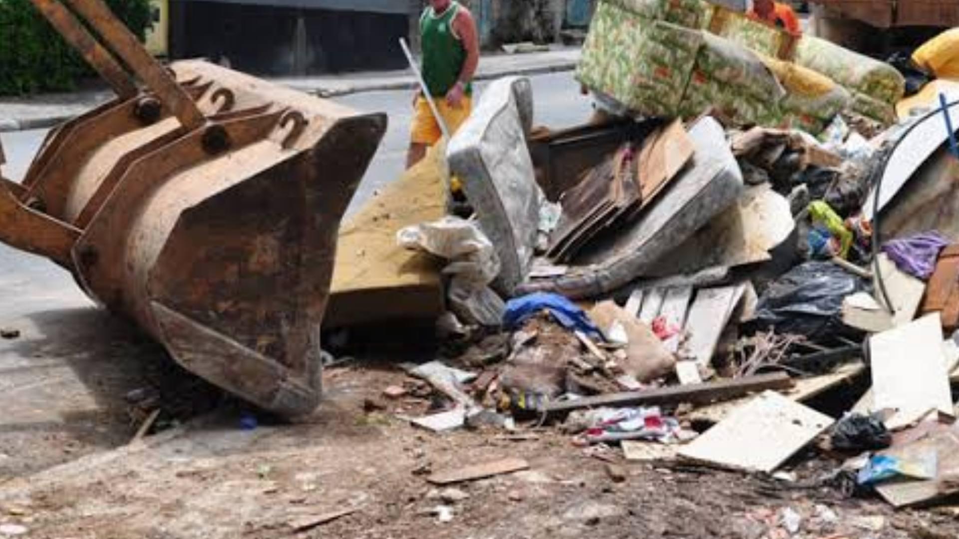 Prefeitura retira 212m3 de entulhos em vários bairros de Sorocaba
